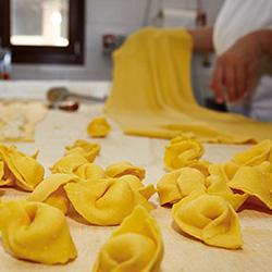 La pasta fatta in casa di Botteghe e mestieri nei ristoranti Ducati e in tutta Europa con Eataly